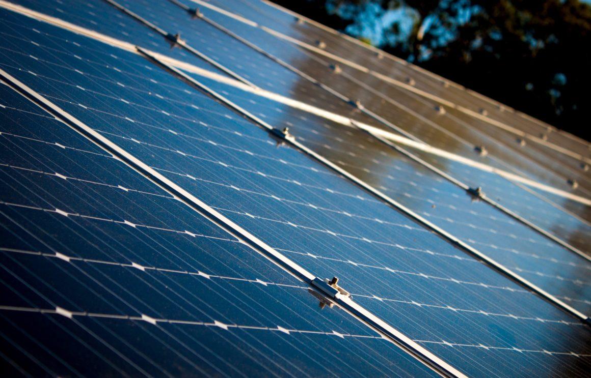 Pannelli fotovoltaici in zona assoggettata a vincolo paesaggistico