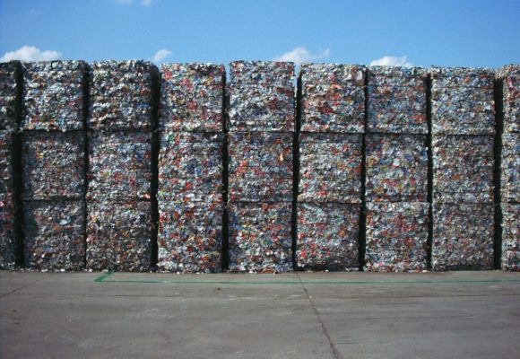 L'organizzazione autonoma della gestione dei rifiuti da imballaggio tra i principi di tutela dell'ambiente e tutela della concorrenza