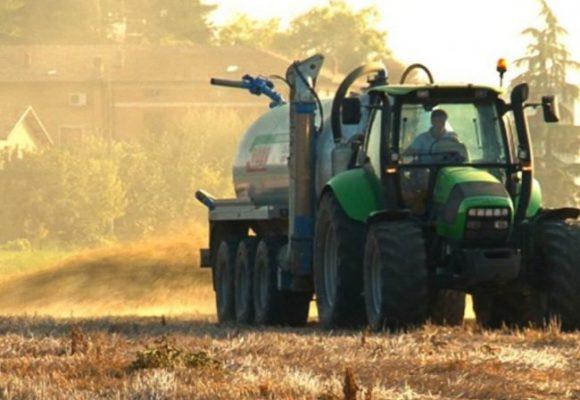 I Comuni possono disciplinare lo spandimento dei fanghi in agricoltura?