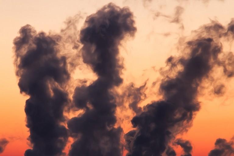 L'inquinamento olfattivo dinanzi alla corte costituzionale: stabiliti i confini tra legislazione statale e regionale