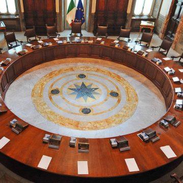 Sulla legittimazione dei comuni a proporre opposizione al Consiglio dei ministri in ipotesi di dissenso in conferenza di servizi
