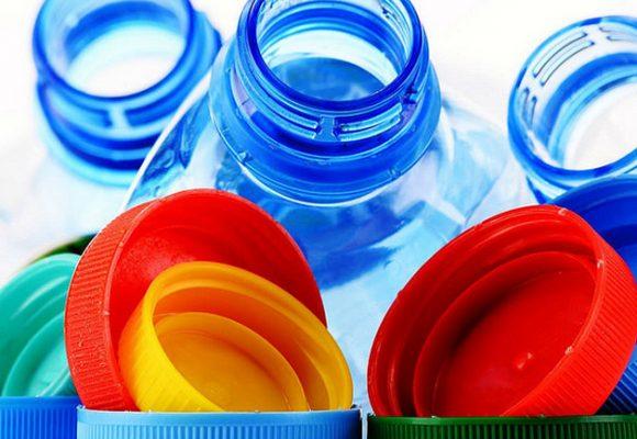 Le norme UE contro la dispersione della plastica nell'ambiente e la loro attuazione in Italia