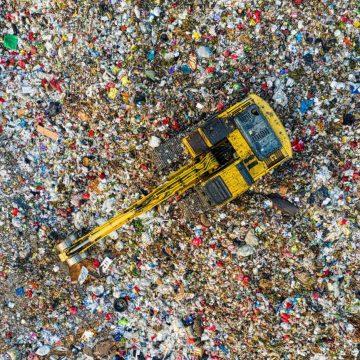 Miscelazione dei rifiuti: la competenza delle Regioni